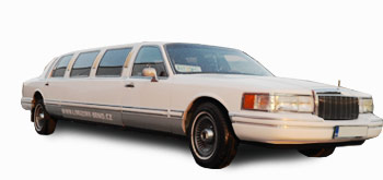 </br></br>Lincoln Town Car Viking White